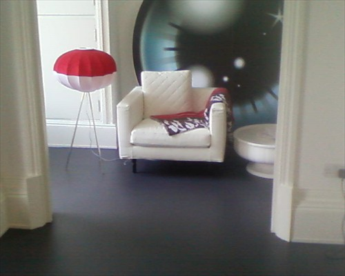 Black Seamless Resin Poured Rubber Flooring Retail Showroom London