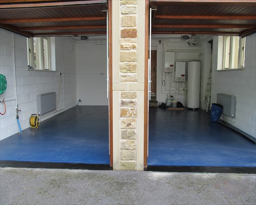 Blue Seamless Epoxy Flowable Garage Flooring Domestic North Yorkshire