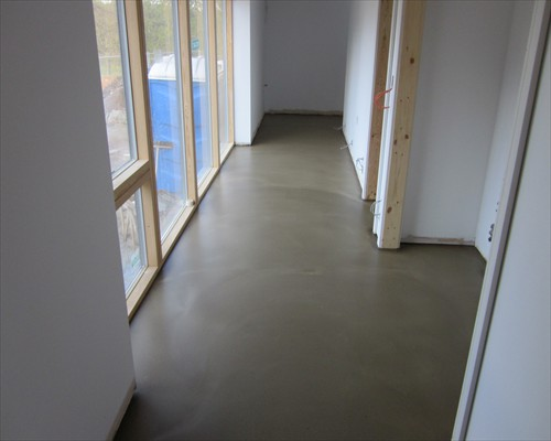Polished concrete flooring seamless terrazzo floors for Residential flooring installation