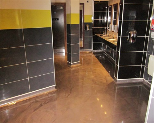 Seamless Metallic Poured Resin Flooring Night Club Flooring Ladies Toilets Leeds