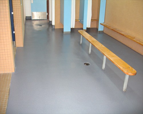 Seamless Poured Rubber Safety Flooring Country Club Changing Rooms Kent